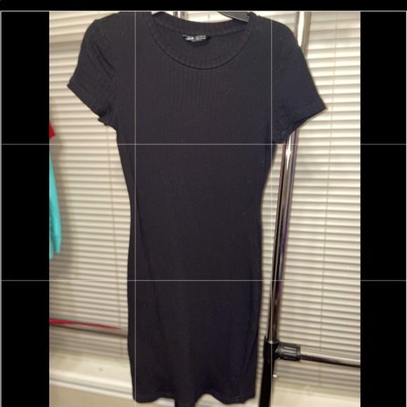 SHEIN SZ small Juniors Black ribbed Shirt dress.